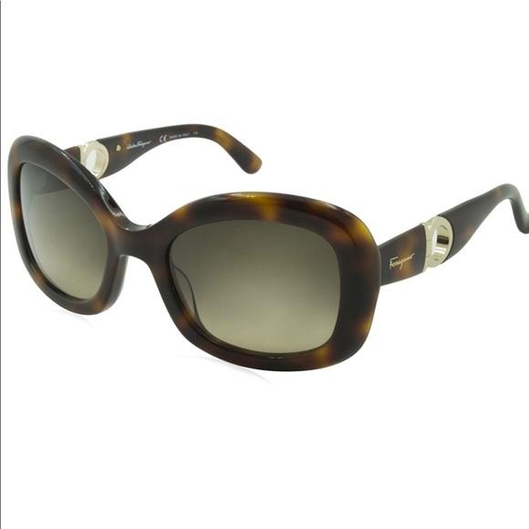 b26fc616a4edf Salvatore Ferragamo Sunglasses Women Tortoise. M 5a9ac36edaa8f682b2a2cb21